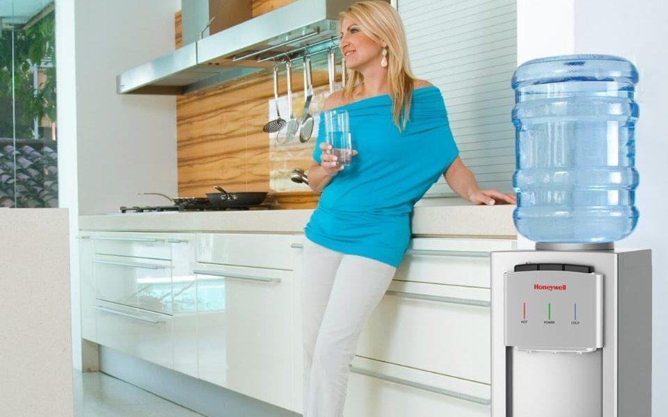 Зачем заказывать доставку воды на дом и офис